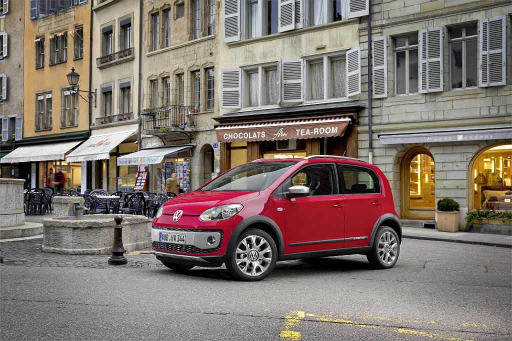 VW Cross Up Front