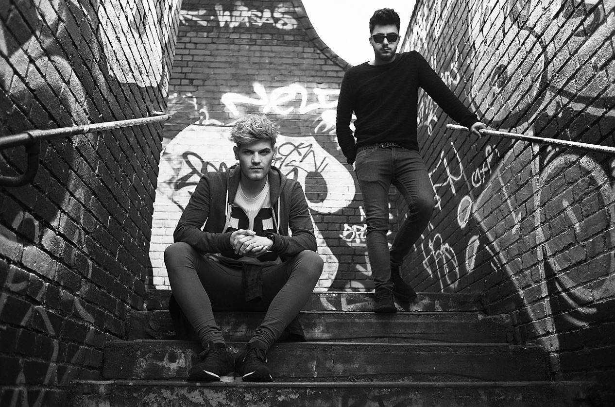 Specialists in epic indie-pop, Off Colour are looking to 'Touch Down' with new Single, The Non-Modern Man | Unfashionablemale